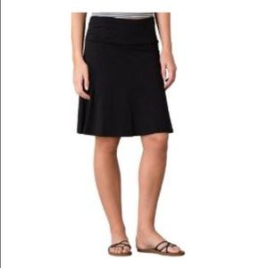 Horny Toad black skirt